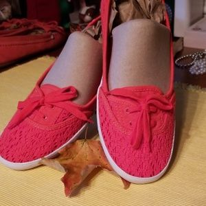 Ked's Lady's slip on shoes